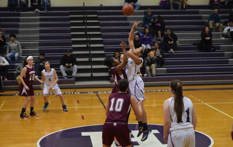 Holyoke High Student Callie Cavanaugh Commits to Play D1 Basketball For FIU