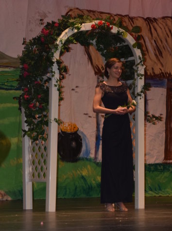 Holyoke Hosts 61st Annual Colleen Pageant