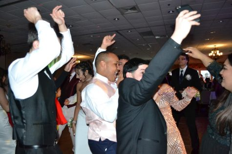 Photo Gallery: Senior Prom 2017